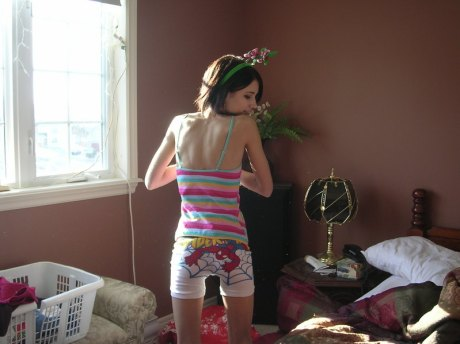 woah. emma roberts got REALLY skinny